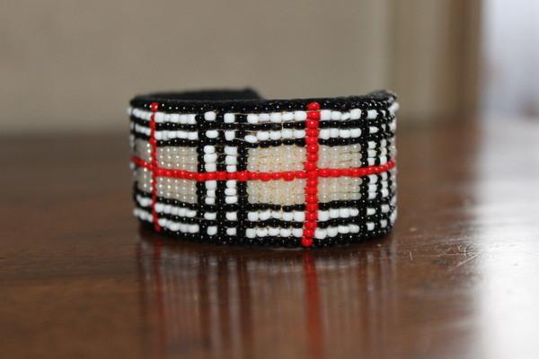 bracelets en perles de rocailles page 2. Black Bedroom Furniture Sets. Home Design Ideas